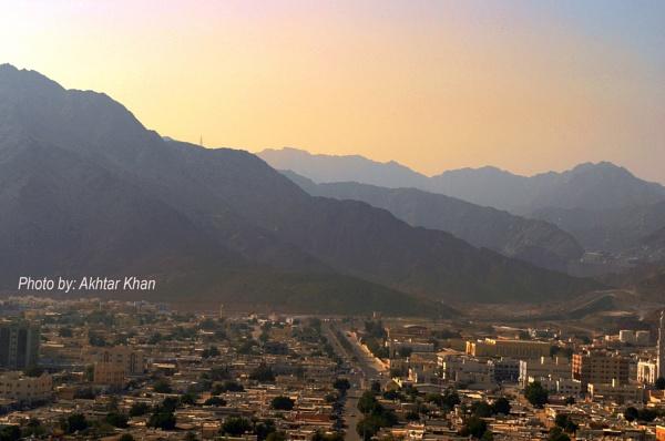 Korfakkan seaside mountain town by akhtarkhan