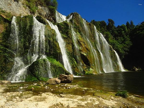 Waihi Falls 1 by DevilsAdvocate