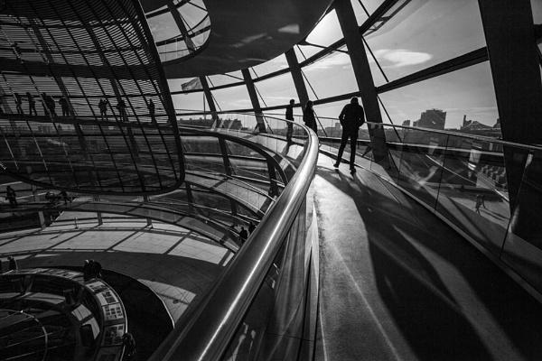 Reichstag Shadows by rontear