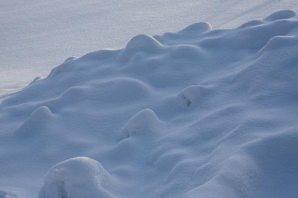 Snow Drifts by Merlin_k
