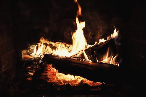 Fireside by Merlin_k
