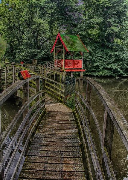 BRIDGE HUT by SOUL7