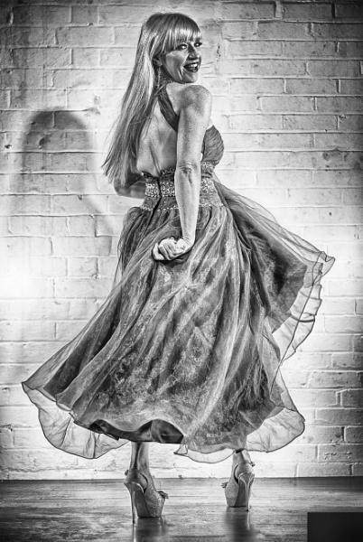 Dancing Queen by DennisBloodnok