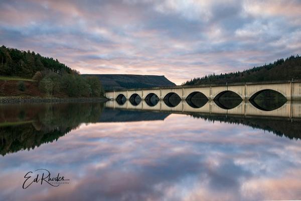 Ladybower Dam by edrhodes