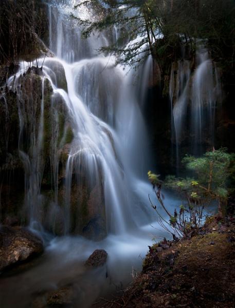 Roquefort les Cascades by PCA