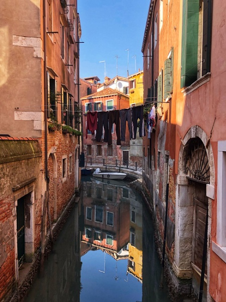 Washing day Venice style by Kaxxie