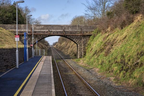 Mossley West Platform by peterellison