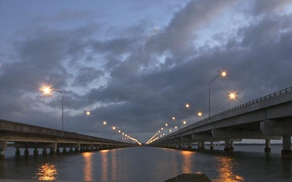 Hornibrook Bridge by harrywatson