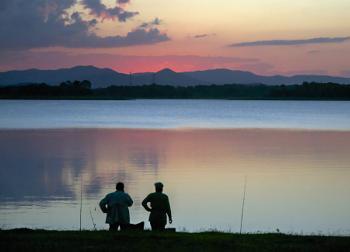 Sunset Pine River Dam Queensland