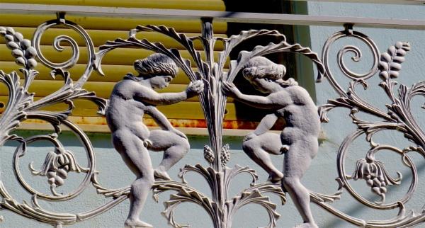 Balcony fence by ddolfelin