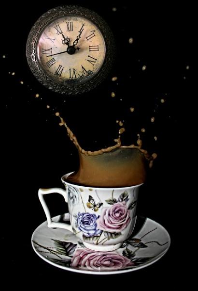 Coffee time by martininbg