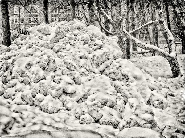 snow_dump by leo_nid