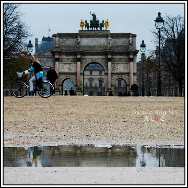 Petit Arc de Triomphe du Carrousel, et vélo by GwailoAngMo