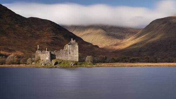 Kilchurn Castle by swilliams71