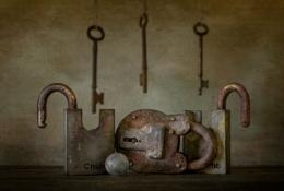 Right Lock, Wrong Key