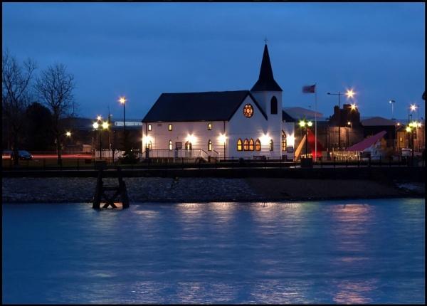Norwegian Church, Cardiff Bay by glyndwr
