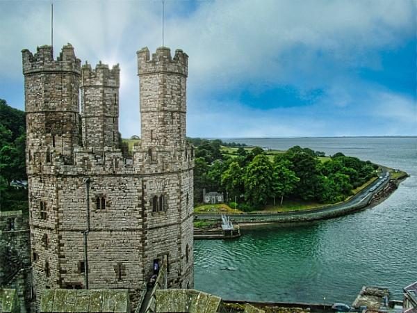 Caernarfon Castle by dflory