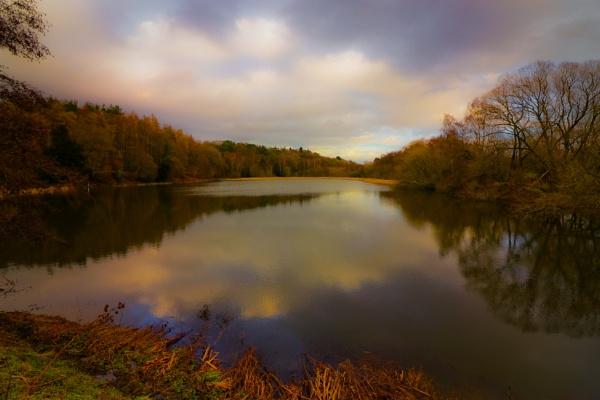 Lakeside Walk by minelab