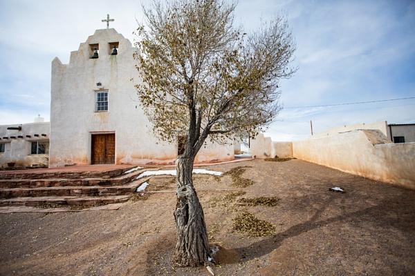 Laguna Church. by rontear