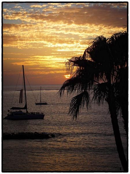 Sunset Cruise by DaveRyder