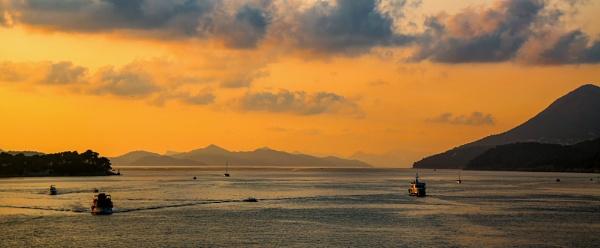 Adriatic Sunset by Ffynnoncadno