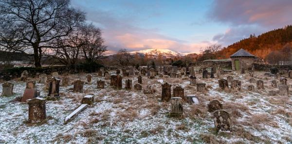 Graveyard, Callander by PaulHolloway