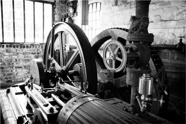 Engine Room by dark_lord