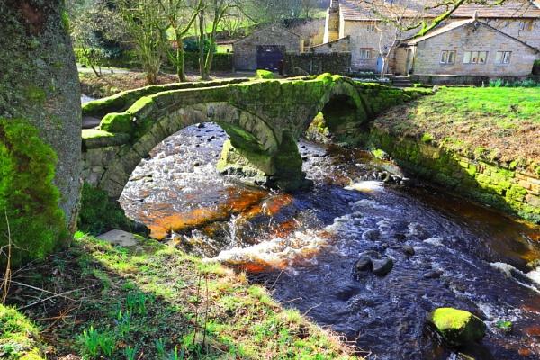 Packhorse Bridge (Wycoller) 2 by olmeister6