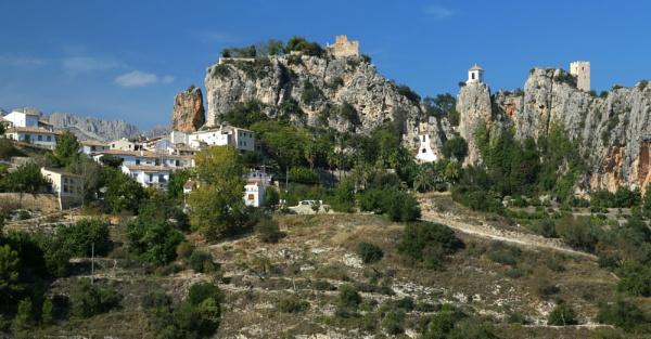 Castles in Spain by mikekay