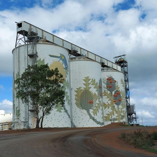 Grain silos by littleflea