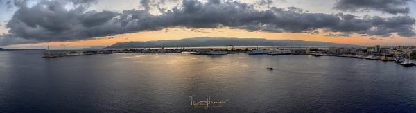 Sunrise over Italy by IainHamer