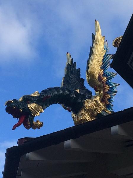 Dragon on Pagoda Kew Gardens London by topcatj