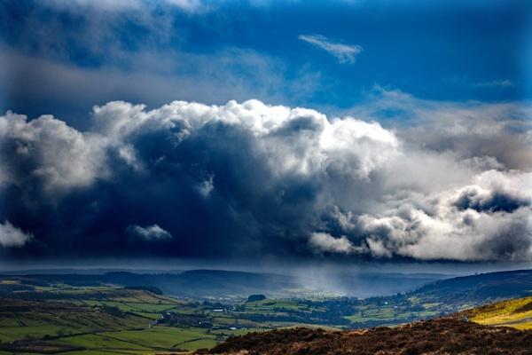 Cloud Over Rosedale Abbey by terra