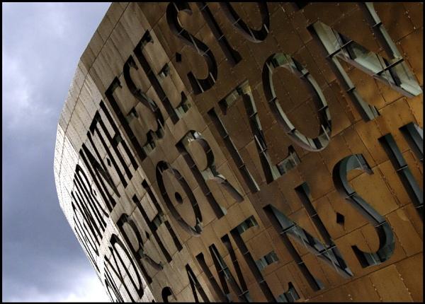 Wales Millennium Centre by glyndwr