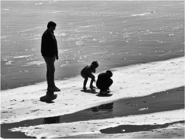 Fun on the beach. by franken