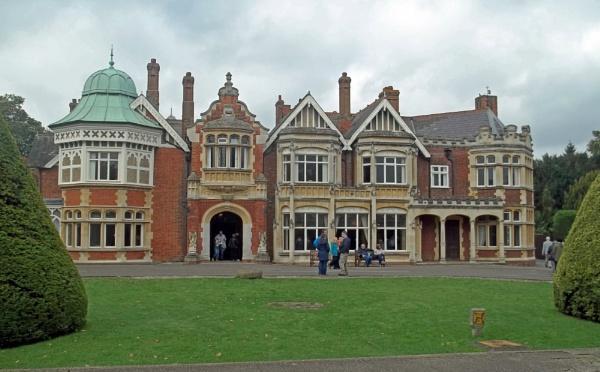 Bletchley Park Mansion by Hurstbourne