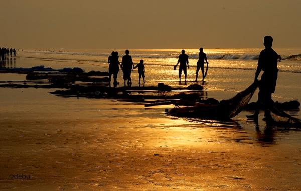After Fishing at Digha sea beach... by debu