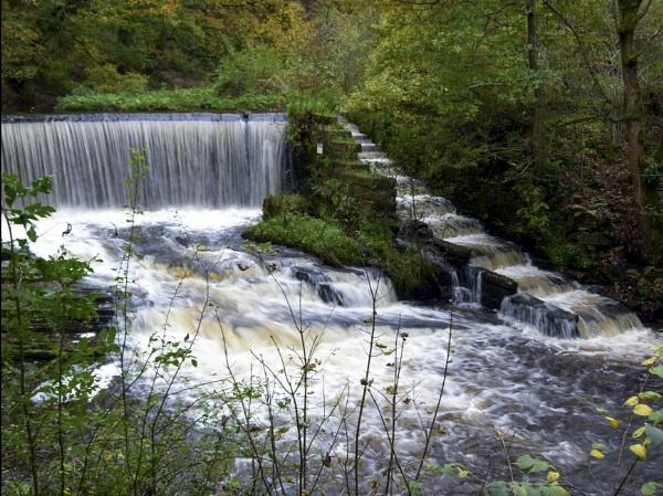 Dreamy Waterfall by yultony