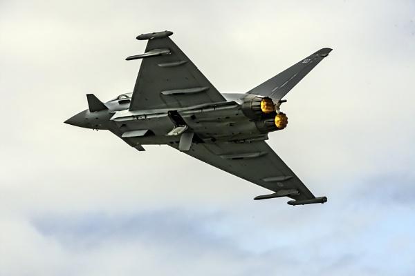 Typhoon Eurofighter by jimobee