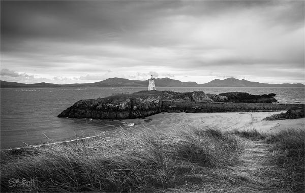 Ynys Llanddwyn by GillyB