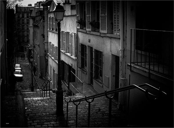 Montmartre lane by KingBee