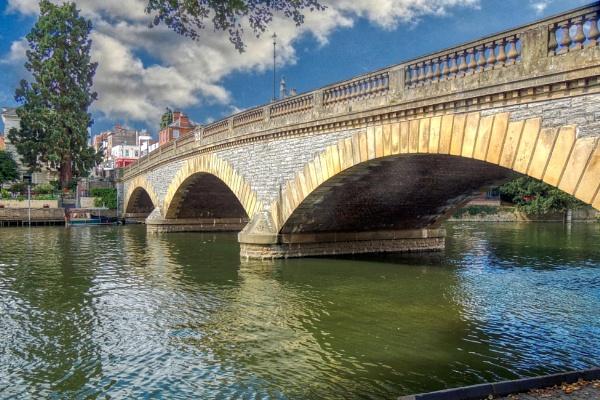 Bridge over the Avon by dflory