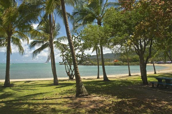 Airlie Beech Queensland Australia by harrywatson