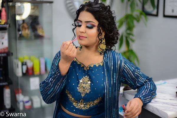 Model in Salon... by Swarnadip