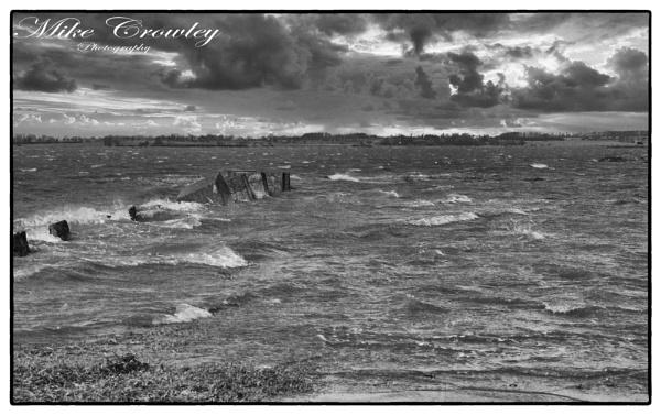 Rough River Deben by mikecrowley