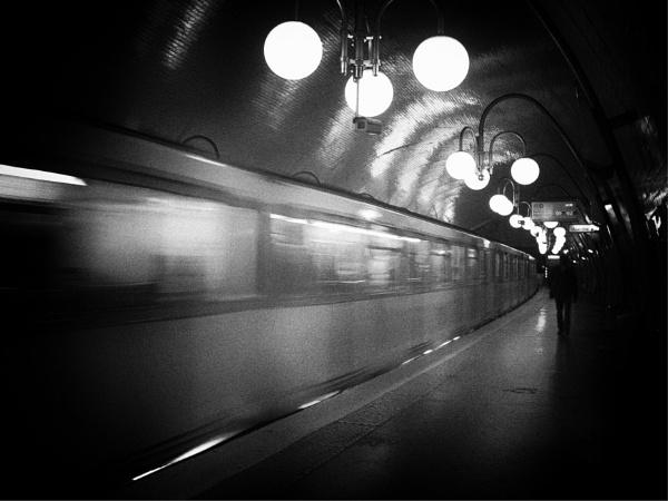 Metroman by KingBee