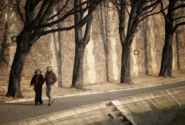 The Beige City Strollers by KingBee