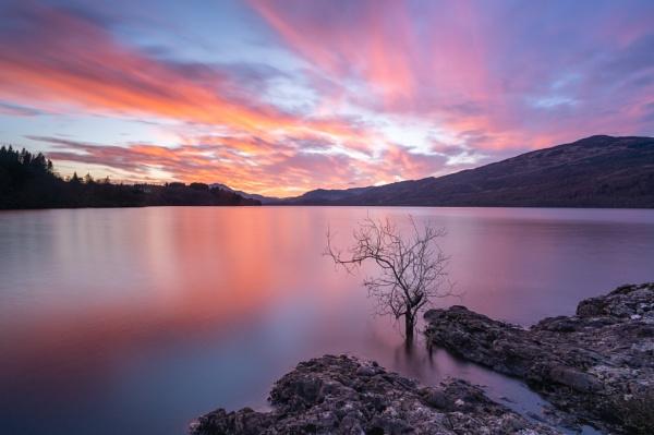 Loch Venacher sunset by PaulHolloway
