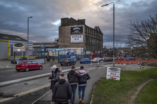 Glasgow, Saturday Night by AndrewAlbert