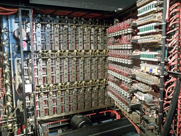Inside Alan Turing\'s Bombe by Hurstbourne